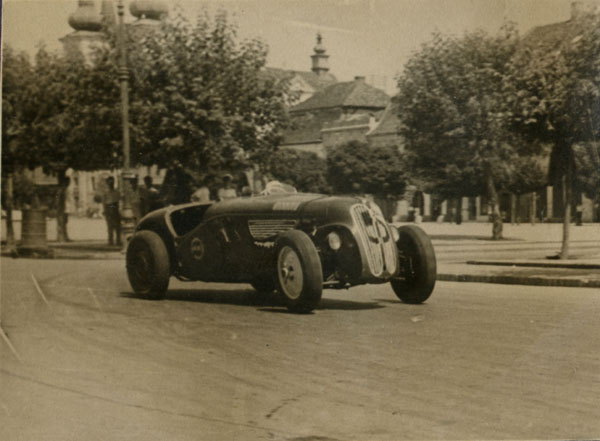 Marin Dumitrescu, Romanian Racing Driver with modified BMW 328. Automobilia Collection
