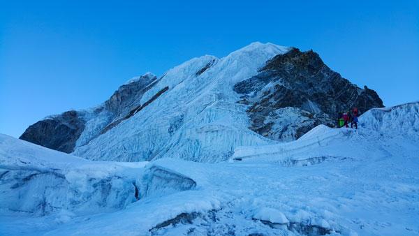 Expediție românească în Himalaya pentru copiii cu boli incurabile
