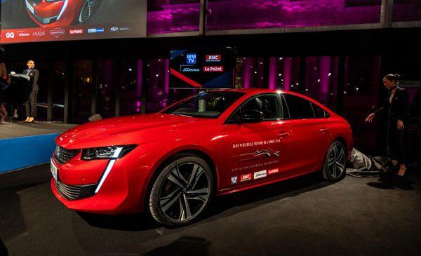 """Festivalul Internațional Auto: Noul PEUGEOT 508 votat """"Cea mai frumoasă mașină a anului 2018"""", în timp ce Conceptul PEUGEOT e-LEGEND primește premiul """"Cel mai frumos concept"""""""
