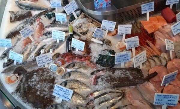 BistroMar a împlinit un an de activitate și are în meniu peste 110 specii de pește și fructe de mare