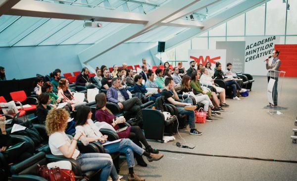 A noua ediție a Academiei Minților Creative de la UniCredit Bank încheie cursurile de primăvară
