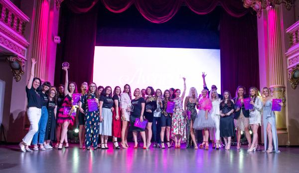 Câștigătoarele Galei Digital Divas by AVON 2019 au fost desemnate