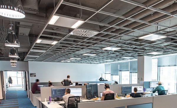 Bilanțul VIAVI dupa un an în România: un birou local în creștere care dezvoltă proiecte cu impact global