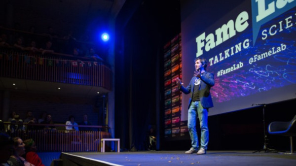 Science Famelab International Final 1237