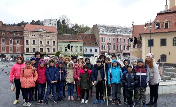 Tabăra Copilăriei a fost prima tabără din viața a 24 de copii de la Școala Gimnazială din comuna Brastavățu, județul Olt