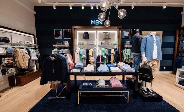 Tommy Hilfiger renovează magazinul din Iulius Mall, Cluj în noul concept