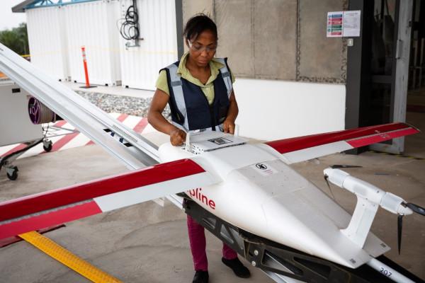 UPS, Livrari de vaccinuri cu drone in Ghana
