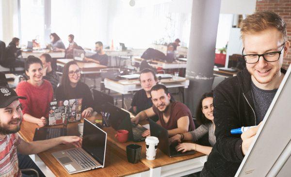 Codecool dă unde verde înscrierilor la cursuri prin lansarea platformei sale în limba română