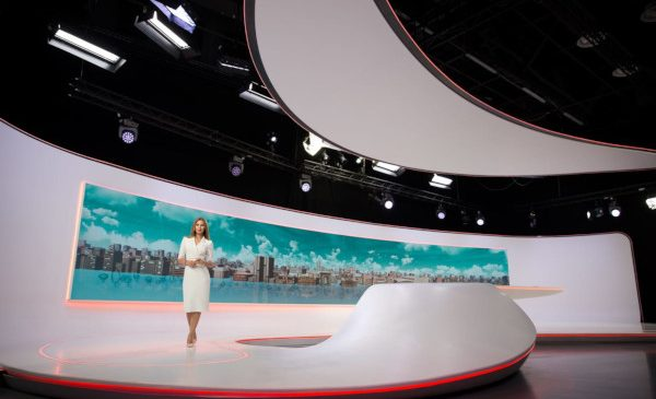 Din 3 iunie, Ionela Lucan prezintă Observator 16 la Antena 1