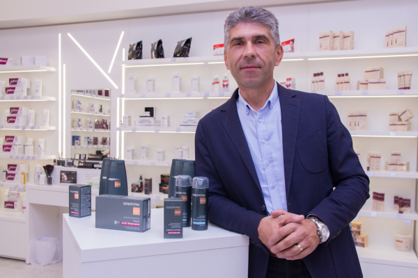 Mircea Coman, Manager Expansiune Comerciala Farmec