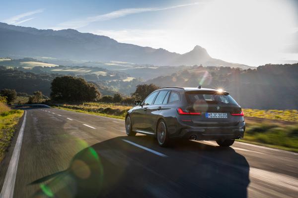 Noul BMW Seria 3 Touring - Model M Sport