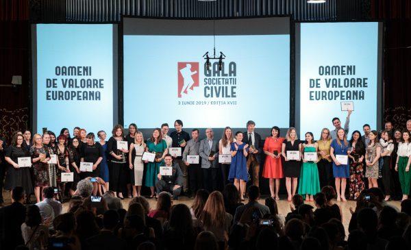 """Marele premiu al Galei Societății Civile este câștigat pentru prima dată de o inițiativă din secțiunea """"Proiecte și campanii de Voluntariat"""""""