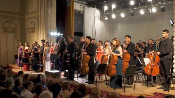 Ediţie jubiliară cu numărul XX – Festivalul Internațional Enescu și muzica lumii de la Sinaia