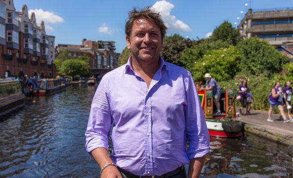 """Două noi serii culinare la TV Paprika, în iulie: """"Aventurile lui James Martin în Marea Britanie"""" și """"Preparate din Caraibe"""""""