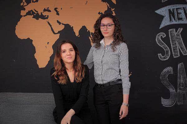 Karina Uță și Alexandra Cojocariu, departamentul de HR al EXE Software