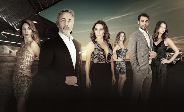 Antena 1 difuzează serialul Surorile (Kardeş Çocuklari)