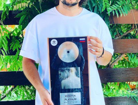 """O super reușită pentru un artist român: Vanotek – disc de platină în Rusia și CIS pentru piesa """"Tell Me Who"""""""