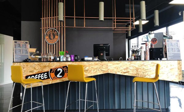"""""""Coffee 2 Go"""" a deschis prima cafenea la birou, în parteneriat cu LEROY MERLIN"""