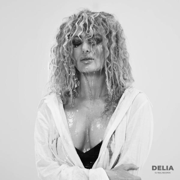 Delia - Dragoste cu Dinti