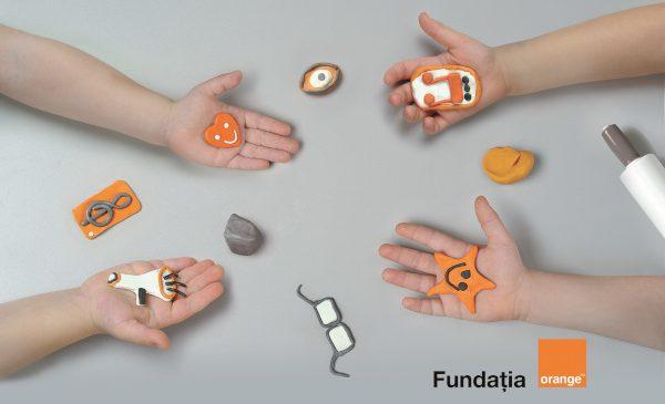Cinci proiecte digitale, o şansă în plus pentru integrarea persoanelor cu dizabilităţi