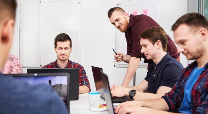 Software Development Academy intenționează să transforme 1.000 de profesioniști activi din România, fără cunoștințe informatice anterioare, în programatori până la sfârșitul anului 2019