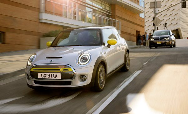 Electric! Start precomenzi MINI Cooper SE în România