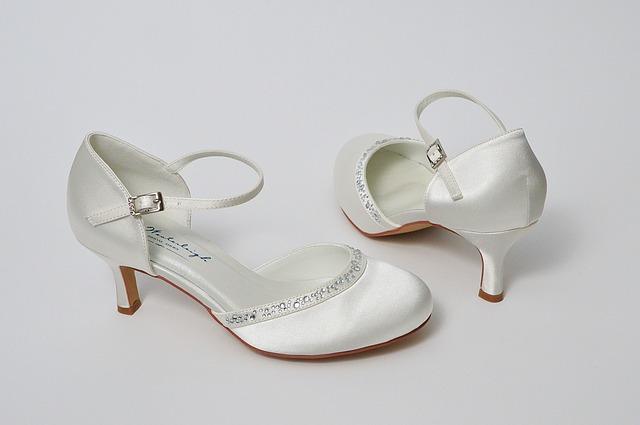 pantofi kitten heels nunta