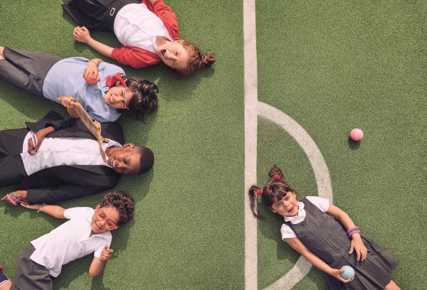 uniforme scolare Marks & Spencer