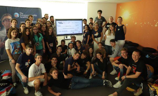 36 de liceeni au strâns 2.000 euro pentru #NoiFacemUnSpital, în 24 de ore, prin testarea unor idei de afaceri în cadrul Spark Week | The Future Entrepreneurs Festival