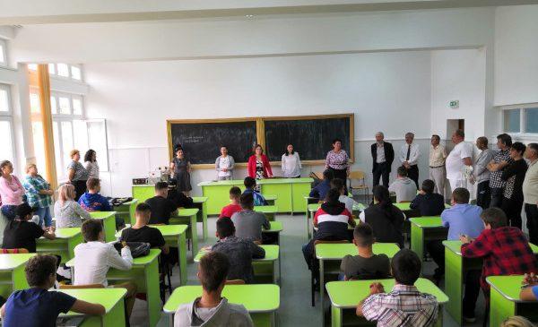Clasa în sistem dual de la Deva, susținută de E-Distribuție Banat și-a deschis astăzi porțile