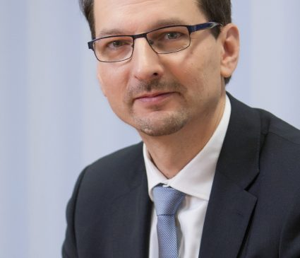 BMW AG întinereşte Consiliul de Administraţie: Consiliul Director i-a numit pe Ilka Horstmeier şi Milan Nedeljkovic