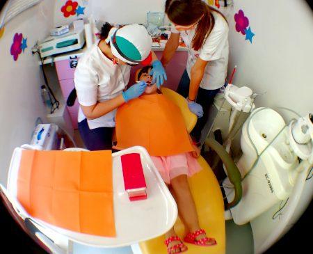 Program național de sănătate dentară sprijinit de KMG International