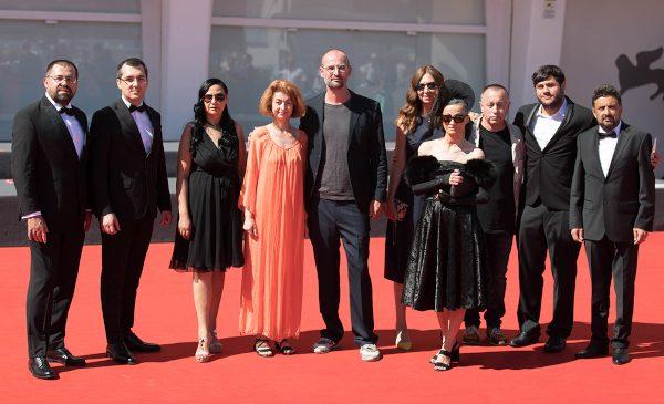 """""""colectiv"""", pe covorul roșu la Bienala de la Veneția"""