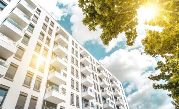 Somfy România: soluţiile de umbrire solară dinamică ar putea reduce cu până la 70% costurile de energie necesare pentru răcire și încălzire în clădiri