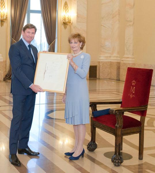 Antoine Brun, P&G si Majestatea Sa Margareta, Casa Regală