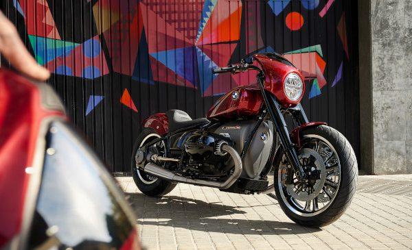 Un motor, două caractere – o multitudine de posibilităţi: Conceptele BMW Motorrad R 18 şi R 18 /2