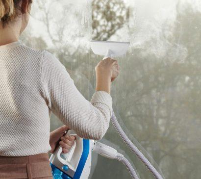 Super-curățenie cu aspiratoarele verticale Rowenta Clean & Steam