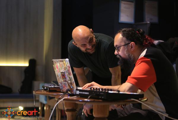 Florin Fieroiu și Vlaicu Golcea în timpul atelierului de casting pentru URBAN GIF SHOW. Foto Cătălina Filip