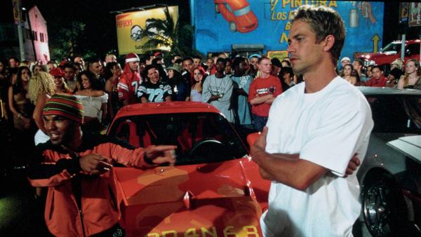 """Curse de mașini, cascadorii, libertate: trei filme din seria-cult """"Furios și iute"""", la AMC"""