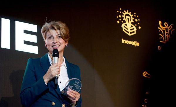 Cinci directori de şcoli din România au fost premiaţi pentru proiecte inovatoare la Edu Leadership Gala