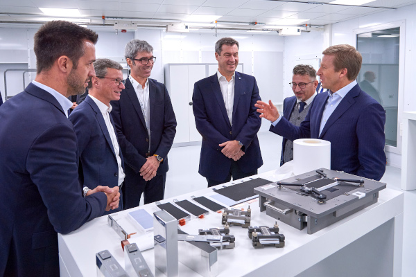 Oliver Zipse, Chairman of the Board of Management of BMW AG, and Markus Söder, Minister-President of Bavaria, visit the new Battery Cell Competence Center of the BMW Group