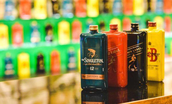 Diageo și PP Distributors România au lansat Pocket Scotch: whisky de buzunar, gata să te însoțească oriunde