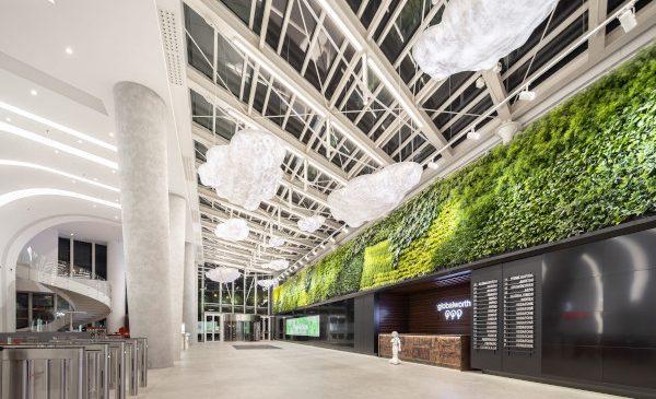Premieră mondială: Globalworth inaugurează cea mai mare podea cinetică din lume într-o clădire de birouri