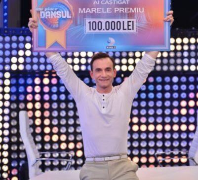 """Stefan este castigatorul show-ului """"Imi place dansul"""". Telespectatorii Kanal D au decis, in finala de aseara, cine sa castige premiul de 100.000 de lei"""