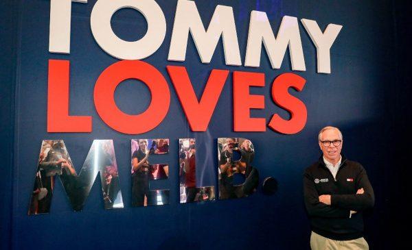 Tommy Hilfiger a cucerit Emporium Melbourne cu o instalație pop-up art