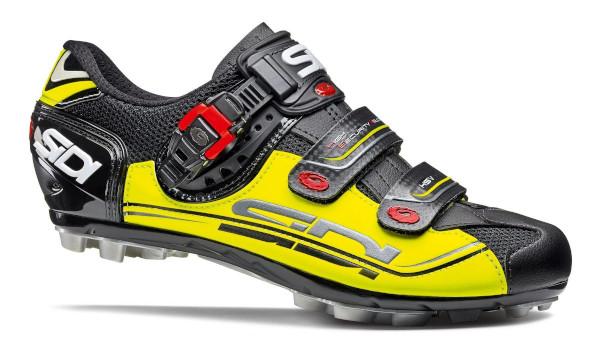 Biciclete mountain bike si echipamente necesare