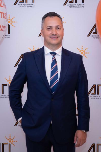 Dan Ovidiu Vătăjelu, președintele A.R.I.