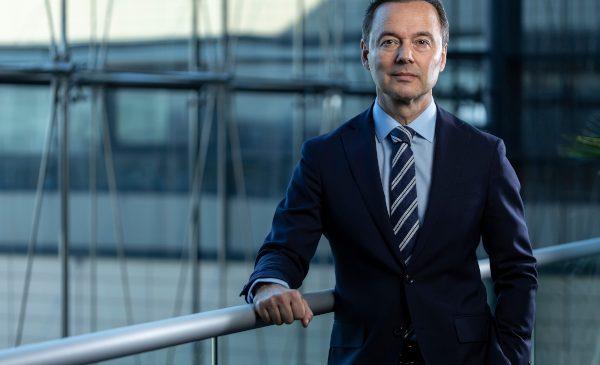Dr. Josef Reiter aduce o experienţă internaţională valoroasă în calitate de director general al BMW Group România