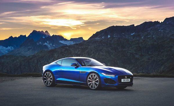 Jaguar lansează noul F-TYPE