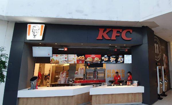 KFC inaugurează restaurantul cu numărul 82 în Baneasa Shopping City din București